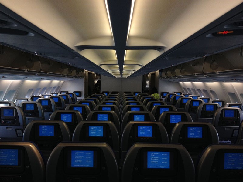 How to choose and get the best airplane seat