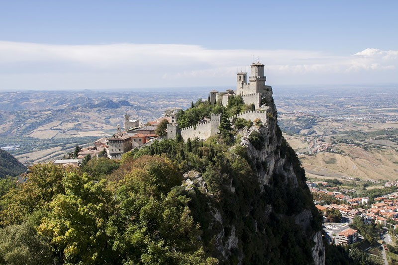castle-of-san-marino-Europe